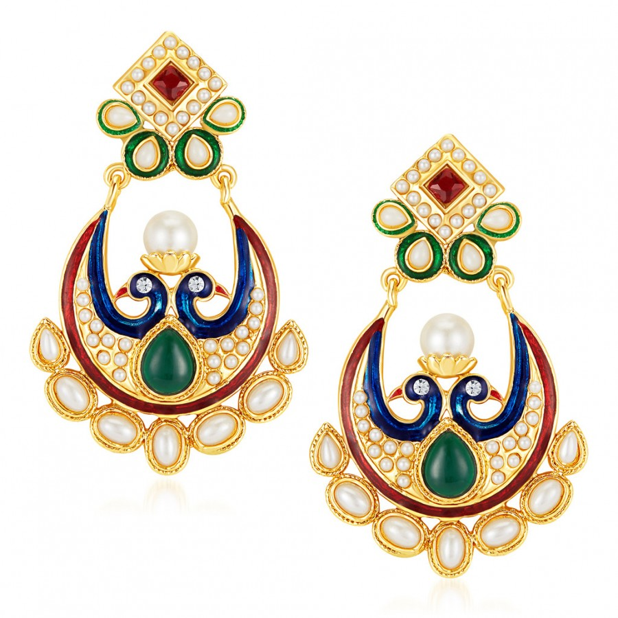 Sukkhi Prettly Pea Gold Plated Australian Diamond Earrings Online