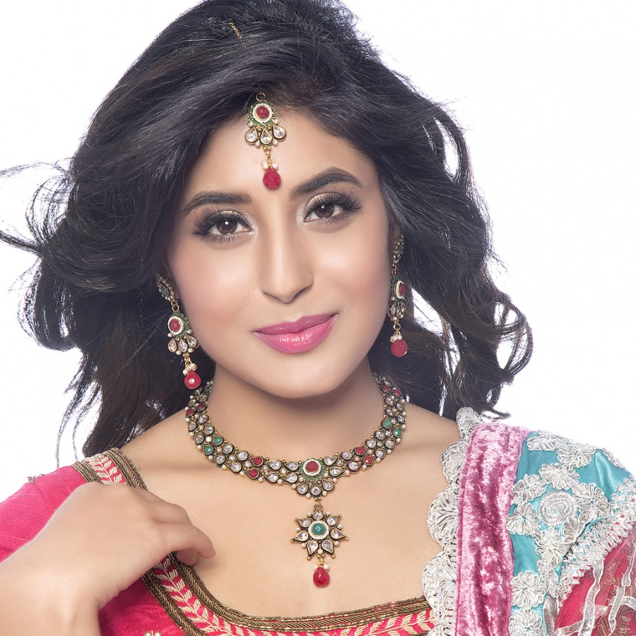 Buy Sukkhi - Kritika Kamra Antique Finish American Diamond Necklace Set Online