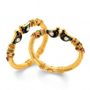 Buy Sukkhi Dazzling Peacock Gold Plated One Pair of Kada for Women Online