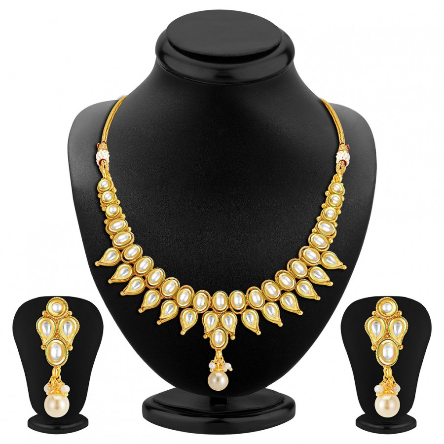 Buy Sukkhi Dazzling Gold Plated Kundan Necklace Set Online