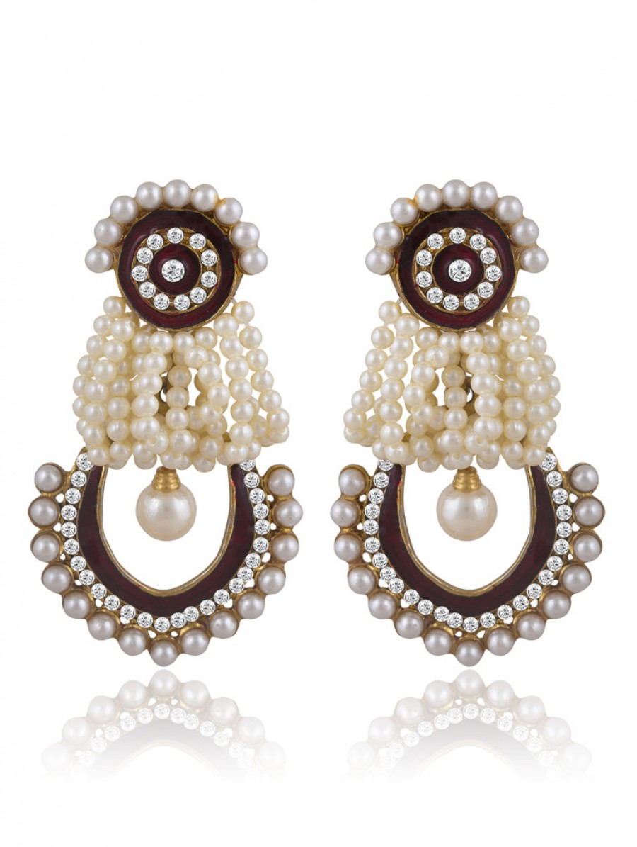 Buy Sukkhi Glistening Gold Plated AD Earring For Women Online