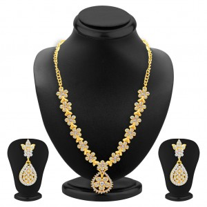 Buy Sukkhi Glistening Gold Plated AD Necklace Set For Women Online