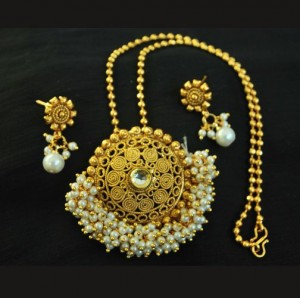 Buy Hand Crafted Gold Plated Pendant set with Chain Online
