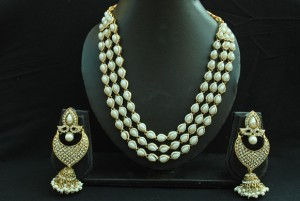 Buy Elegant Pearl Necklace with ASSORTED Pearl Earrings Online