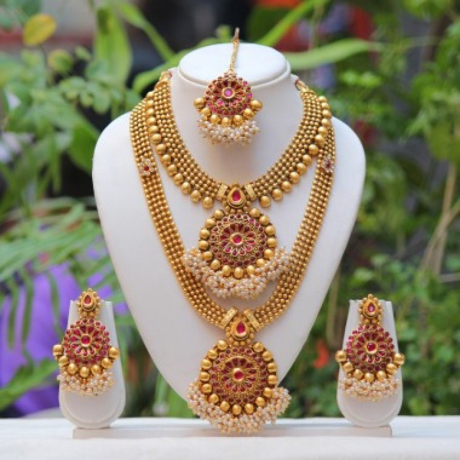 62ad6ac9b Buy Traditional south indian flower design Maroon semi bridal necklace set  Online
