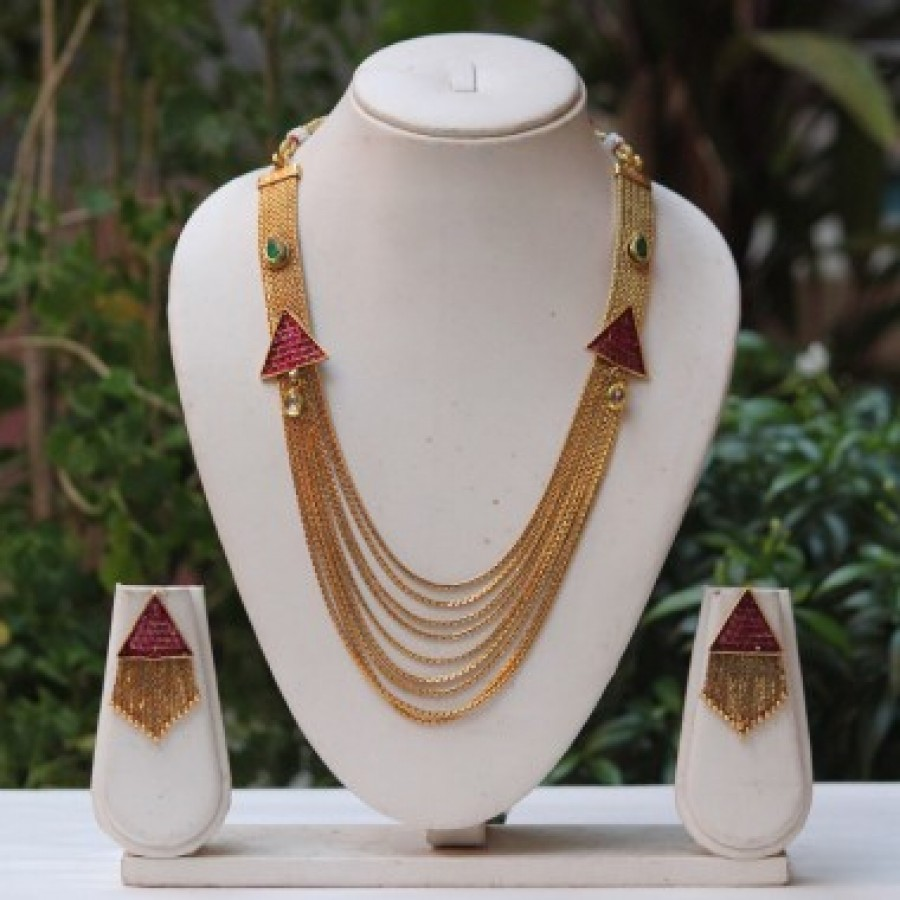 Buy Royal Maroon pendant and Green kundan chain necklace set  Online