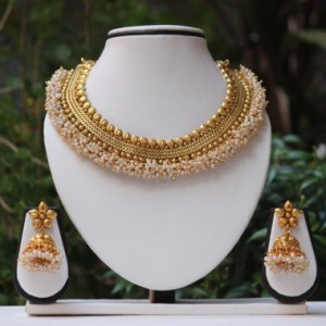Buy Royal Golden white pearl neckace set Online