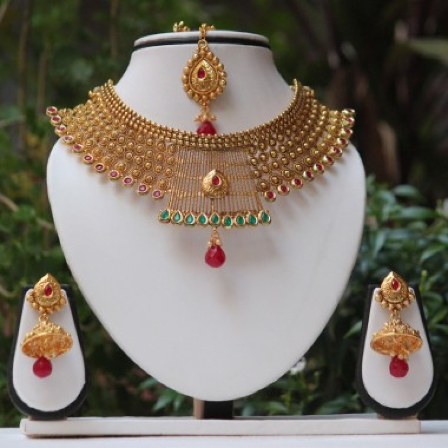 bad4e370042 Buy Antique maharani Green maroon kundan necklace set Online