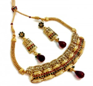 Buy Red green pearl polki choker set Online