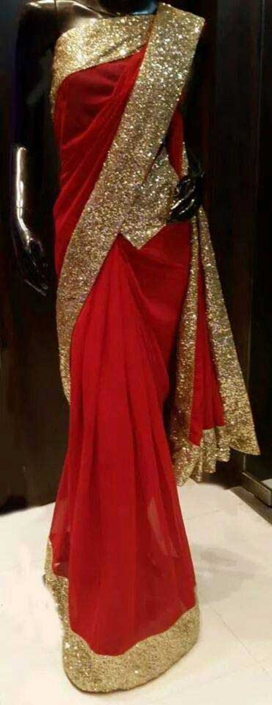 Buy Santana Red plain georgette bollywood saree with blouse Online