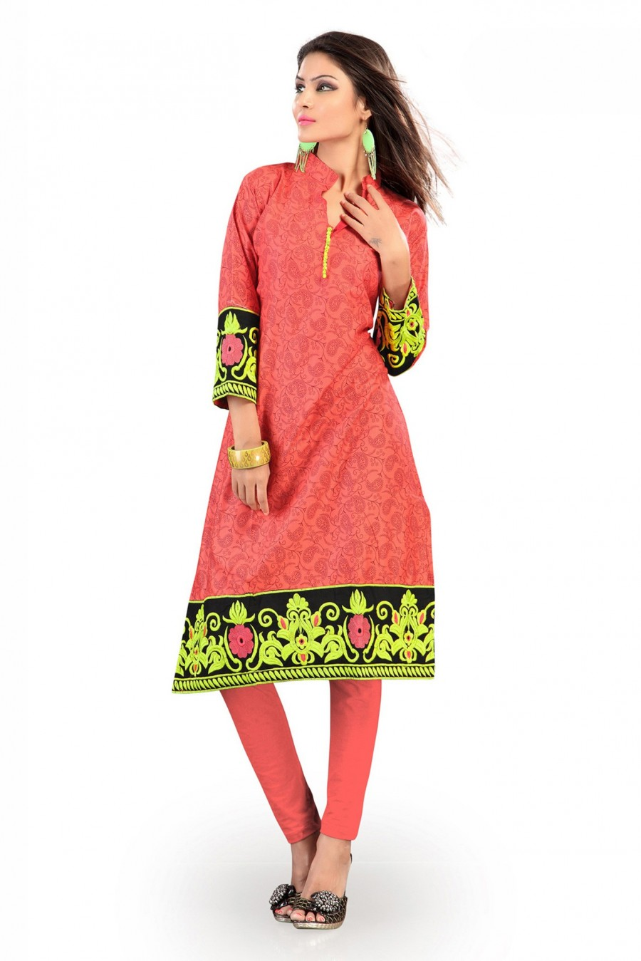 Buy Salmon Cotton Kurti Comprising Nature-Inspired Prints Online