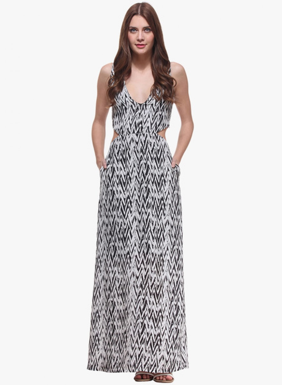 Buy NINETEENMulticoloured Coloured Printed Maxi Dress Online
