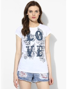 84a120eb763 Buy Exclusive Dorothy Perkins Ivory Ditsy Bardot Top at best price ...