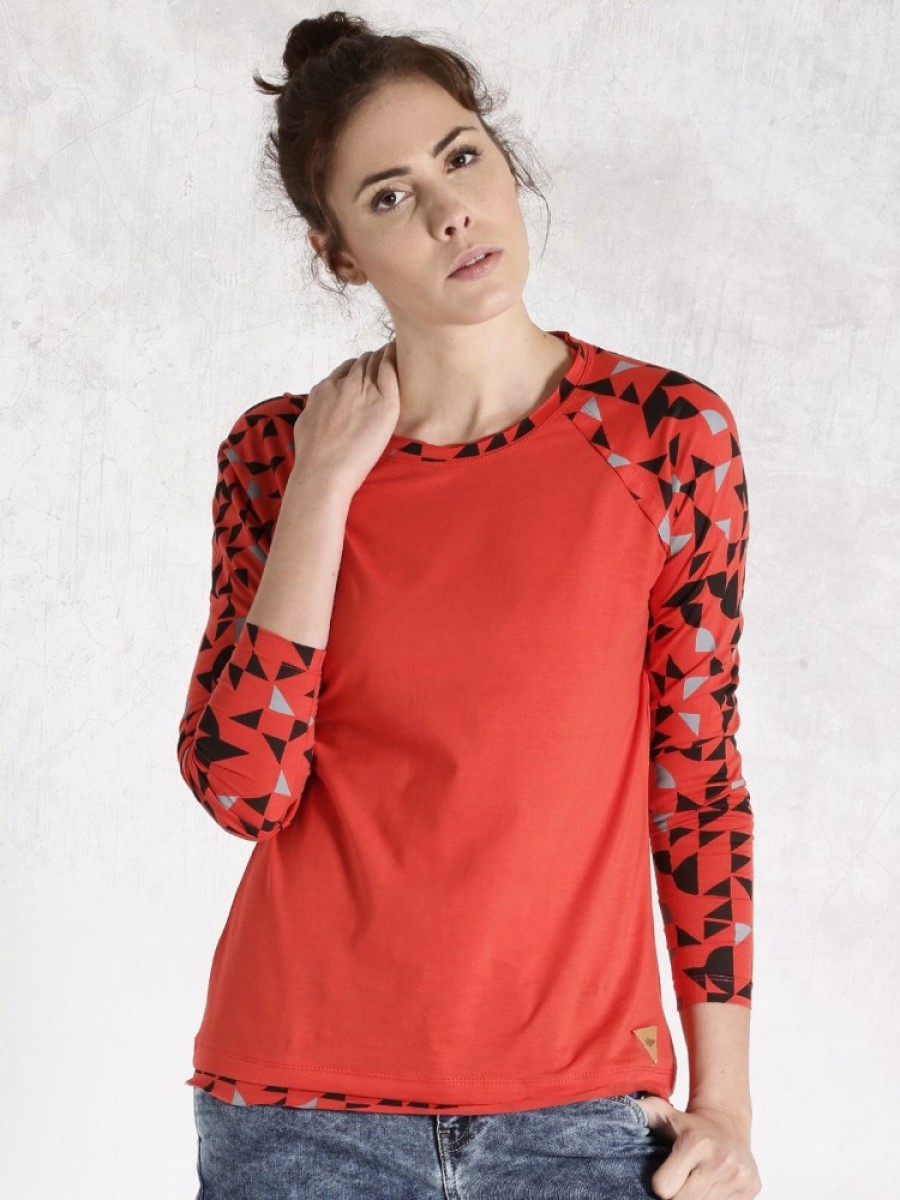Buy Roadster Self Design Women Round Neck Red T Shirt Online