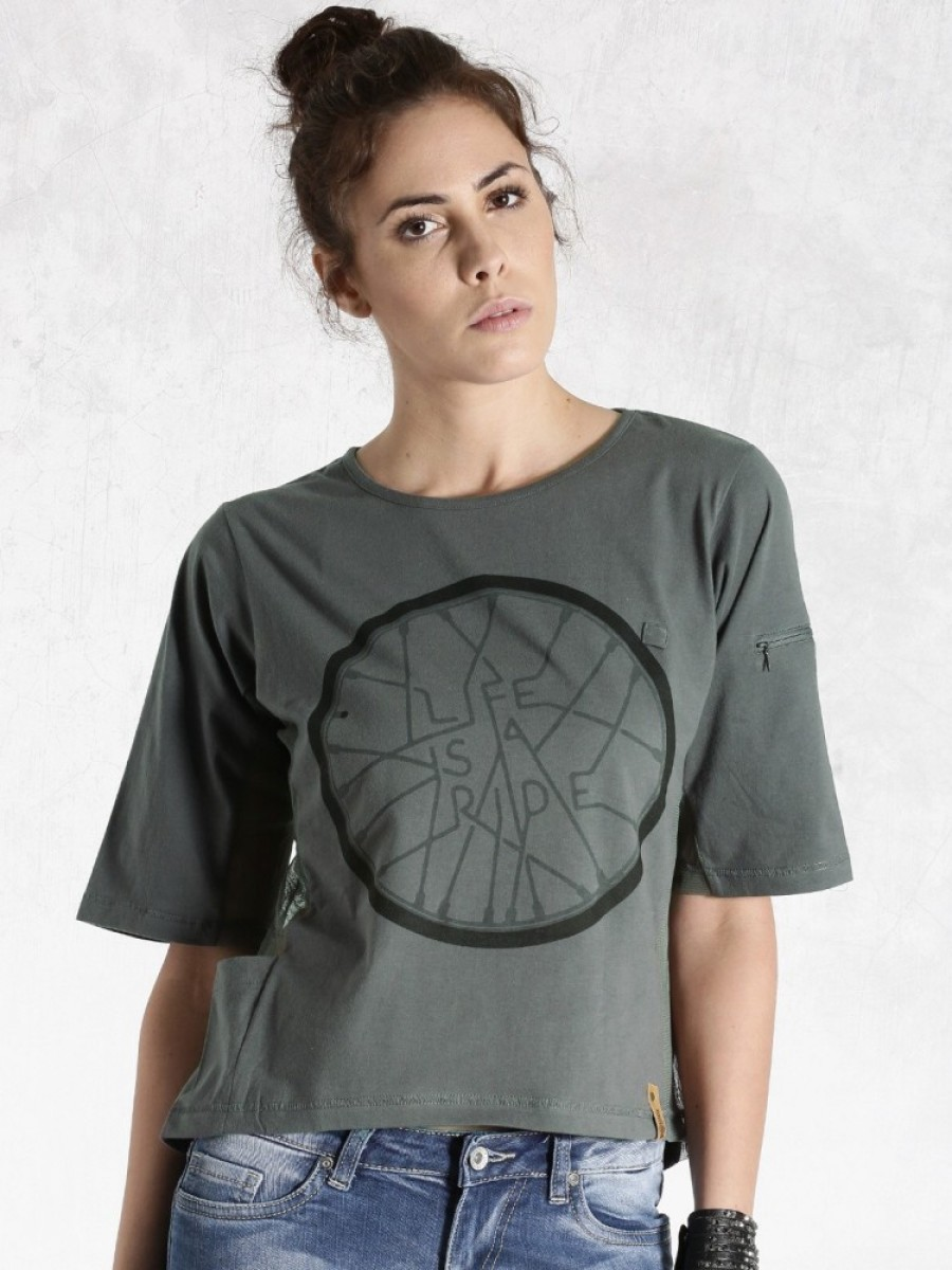Buy Roadster Graphic Print Women Round Neck Grey T Shirt Online
