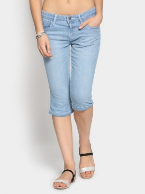 Buy Bare Denim by Pantaloons Women Light Blue Regular Fit Capri Pants Online