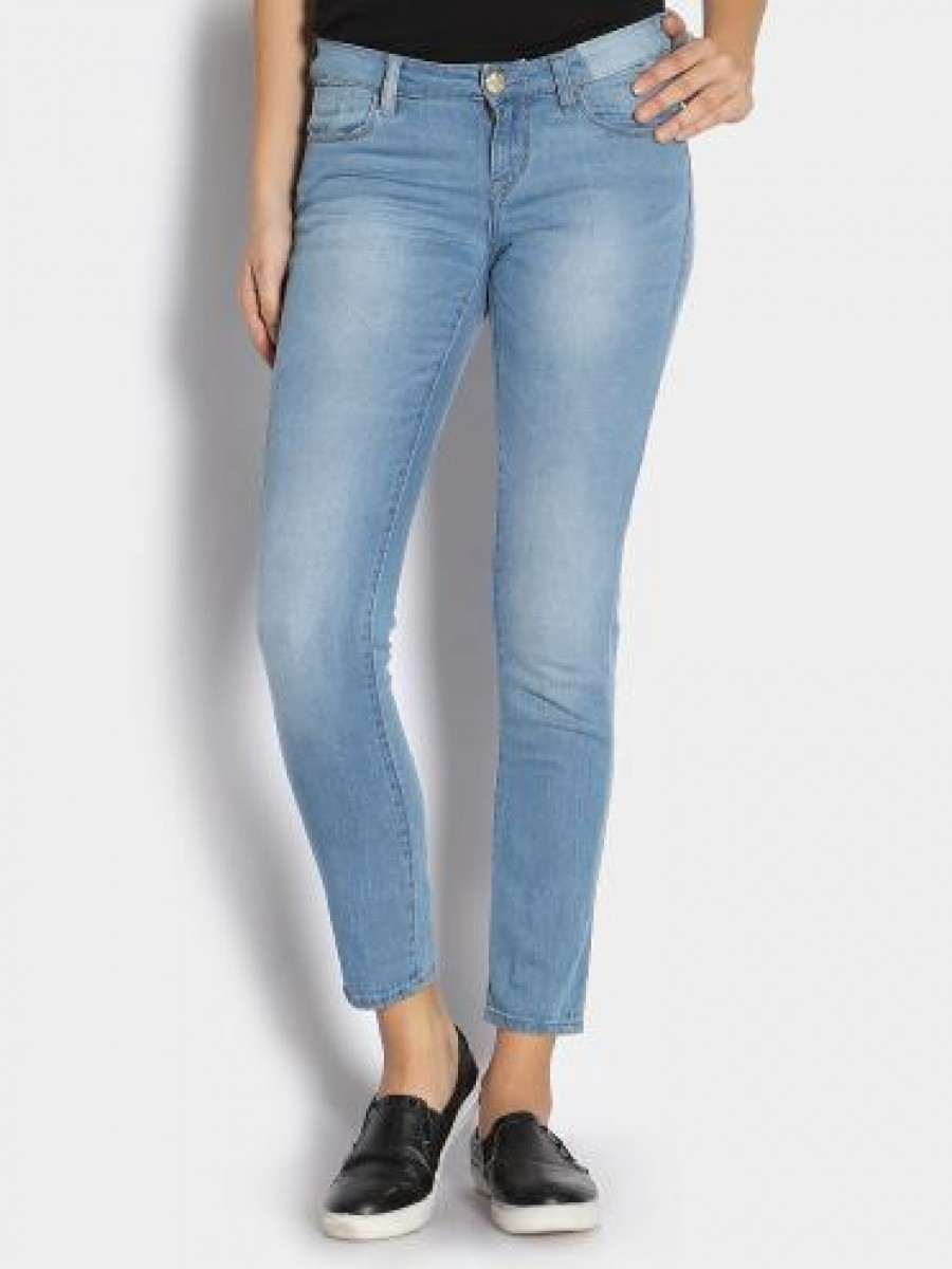 Buy Lee Women Light Blue Amy Skinny Fit Jeans Online