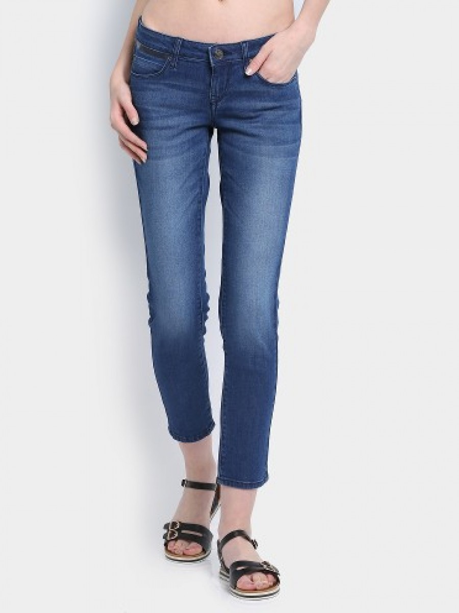 Buy Lee Women Dorothy Blue Cropped Slim Fit Jeans Online