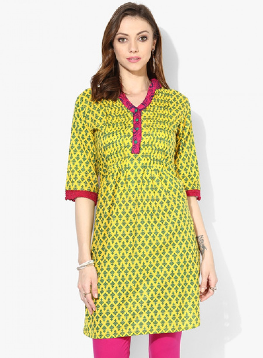 Buy Sangria Center Front Pleated Pleated Kurta With 3/4Th Sleeves And Placket Detail Online