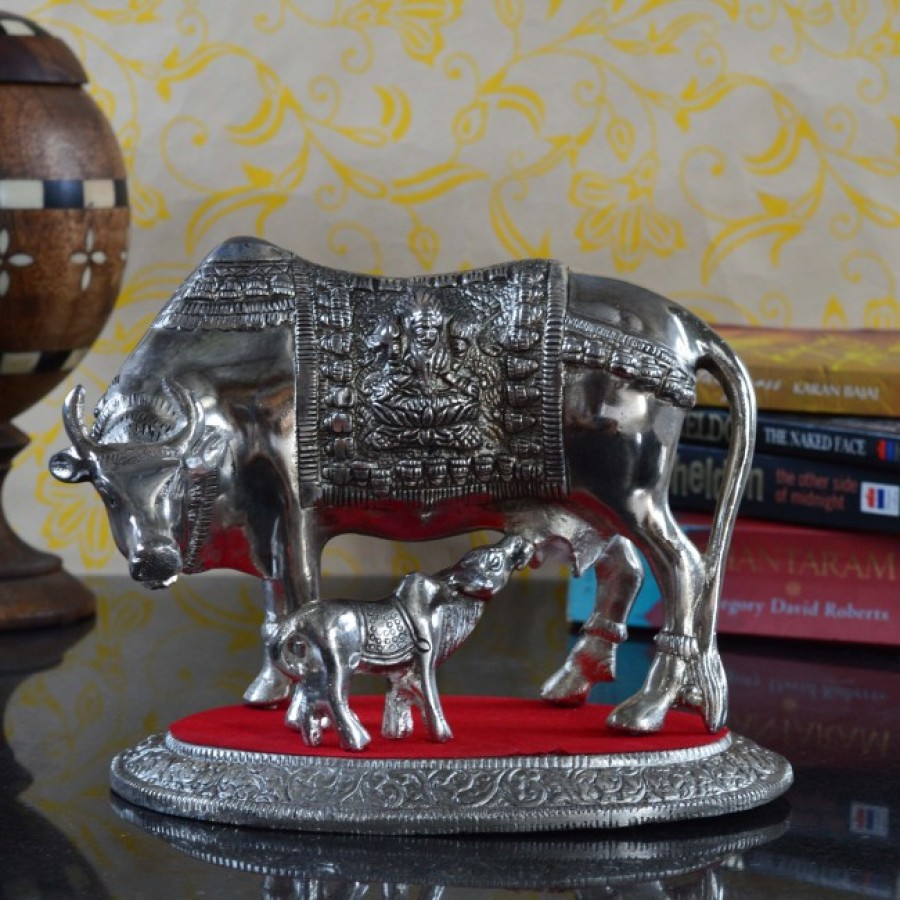 Buy White Metal Decorative Cow with Calf statue Online