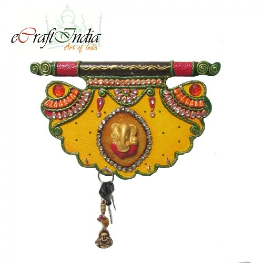 Buy Papier-Mache Shahi Pankhi Key Holder Online