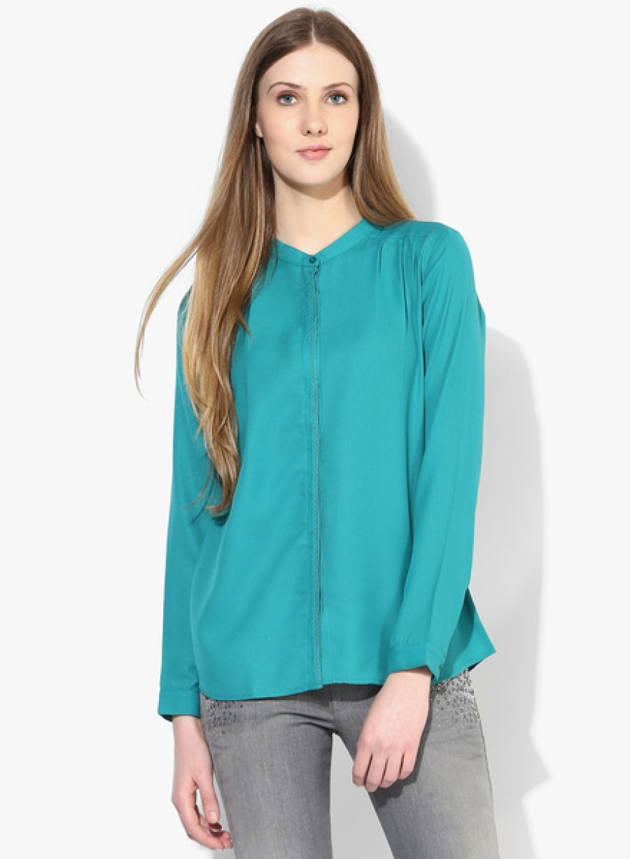 Buy Arrow WomanGreen Solid Shirt Online