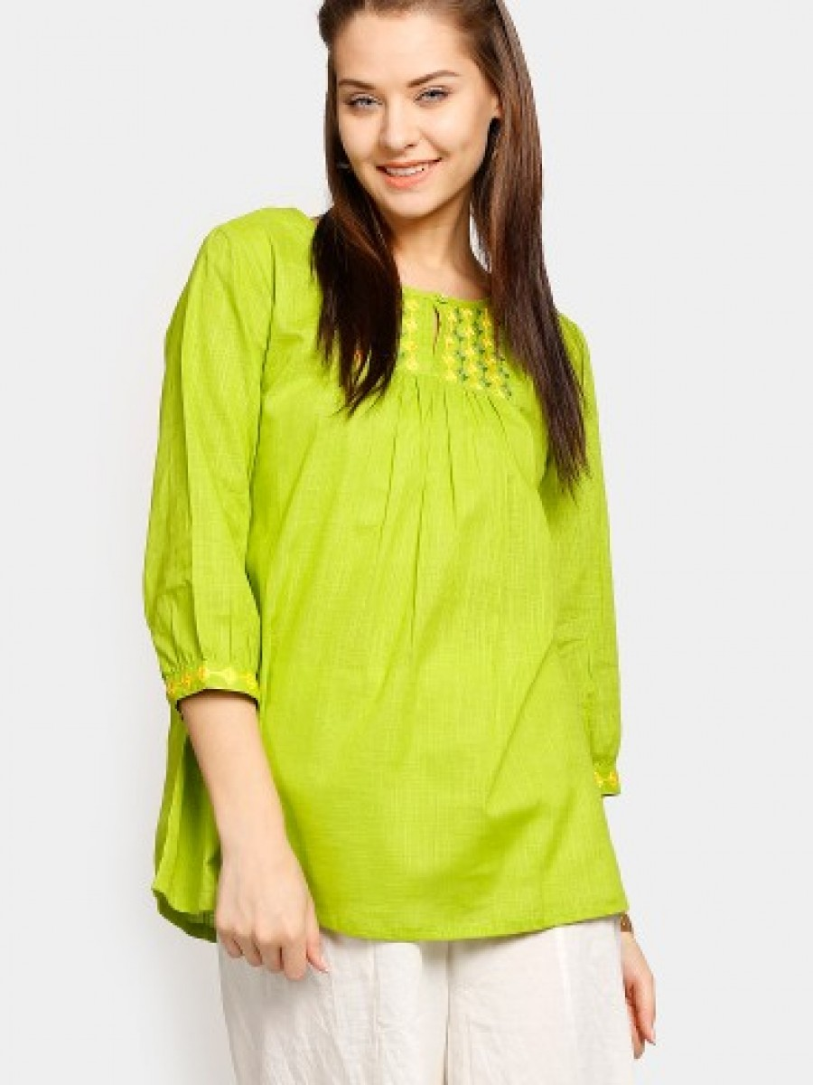 Buy Fabindia Women Green Embroidered Regular Fit Kurti Online