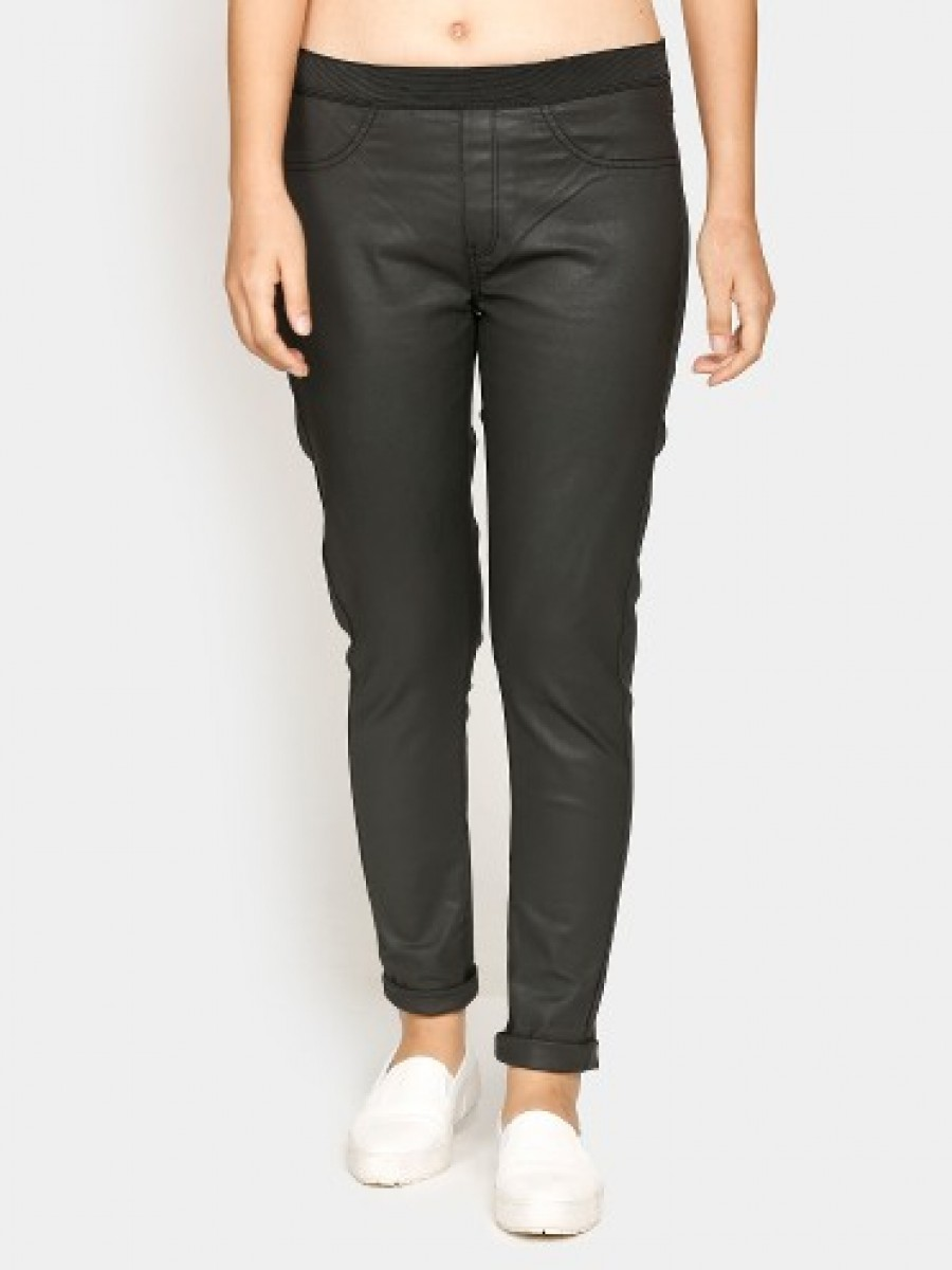 Buy United Colors of Benetton Women Black Regular Fit Trousers Online