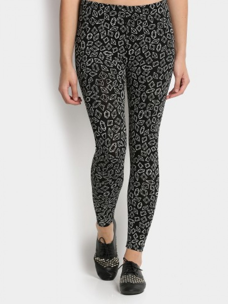 Buy Candies by Pantaloons Women Black & White Printed Skinny Fit Trousers Online