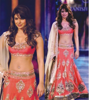 Buy Priyanka Peach Lehenga Bollywood Replica Online