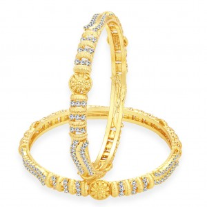 Buy Sukkhi Glistening Gold Plated AD Bangle For Women Online