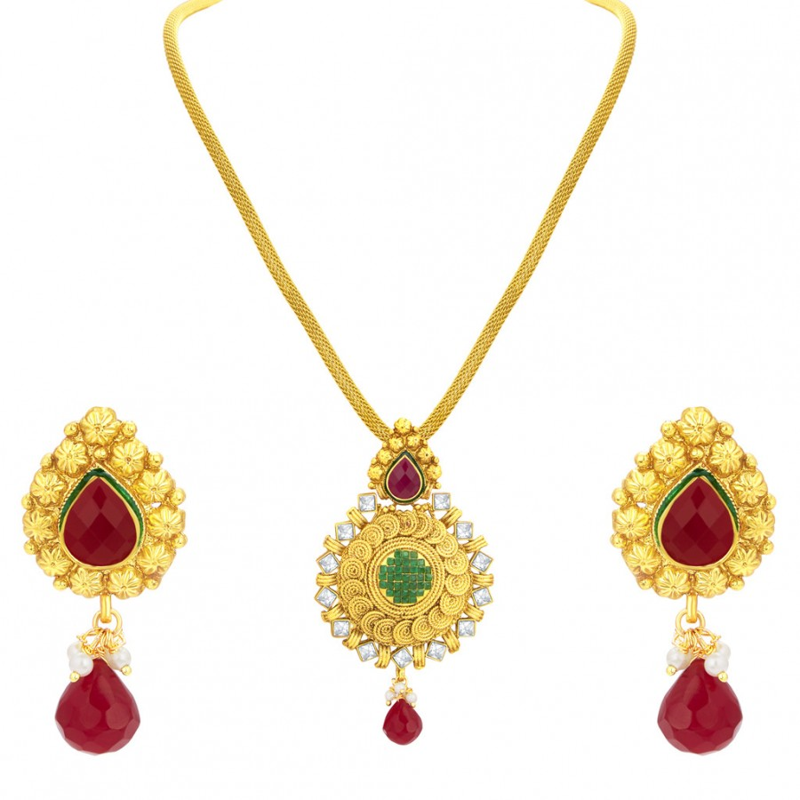 Buy Sukkhi Resplendent Jalebi Gold Plated American Diamond Pendant Set For Women Online