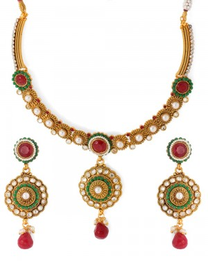 Buy  GOLDEN KUNDAN NECKLACE SET Online