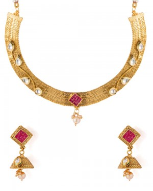 Buy  TRADITIONAL AND ATTRACTIVE NECKLACE SET Online