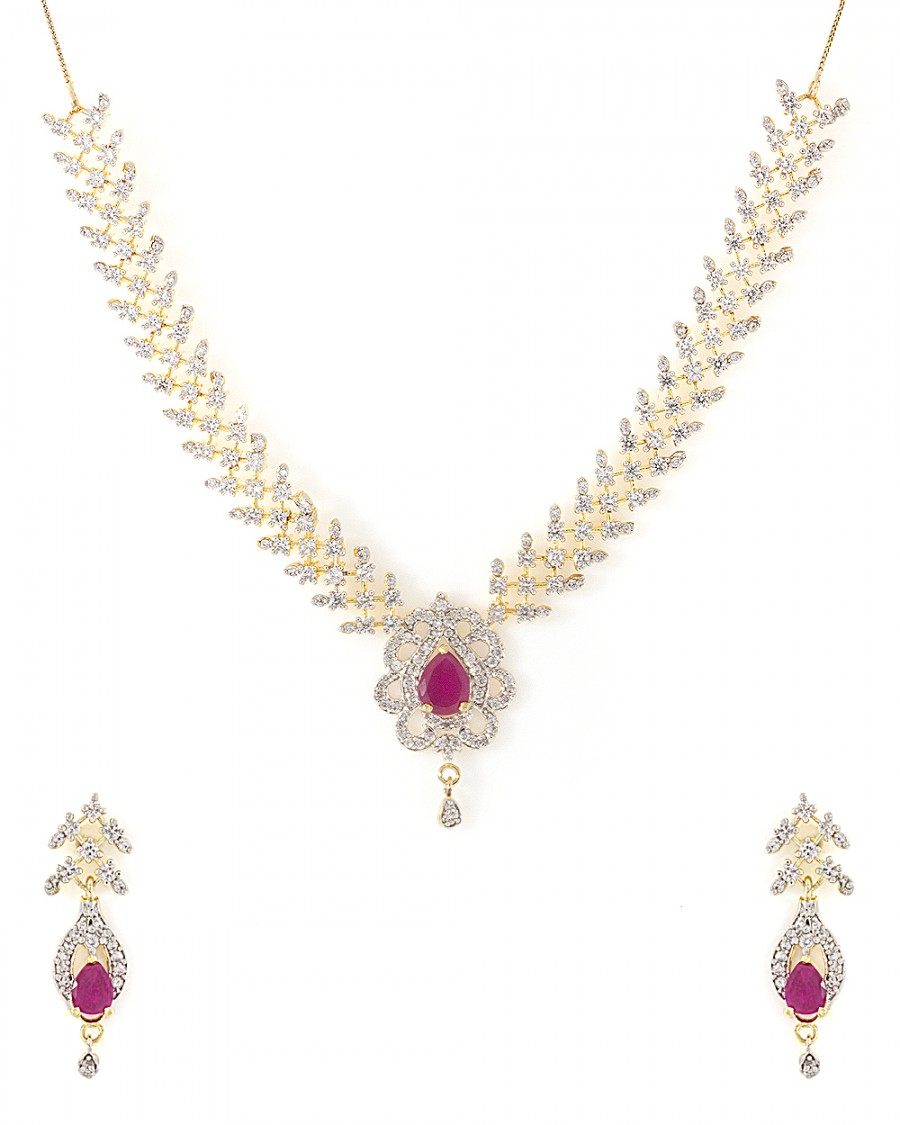 Buy  FASCINATING NECKLACE SET FOR WOMEN Online