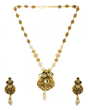 Buy  FLORAL DESIGN NECKLACE SET WITH PEARLS Online