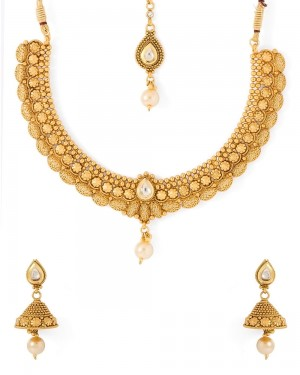 Buy  BEAUTIFUL TRADITIONAL STYLED NECKLACE SET Online