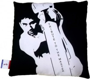 Buy London Lady Printed Cushions Cover Online