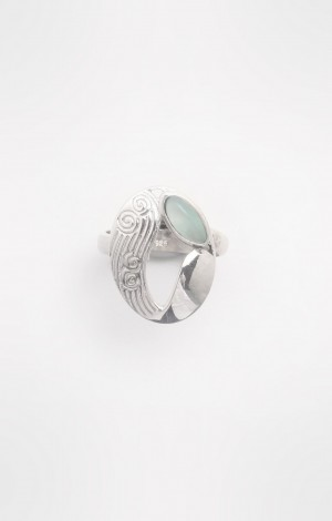 Buy Lyn Collection Oval Finger Ring Online