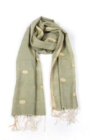 Buy Jamdani Muslin Stole with Floral Motif Online