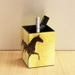 Buy LACQUER PENSTAND HORSE Online