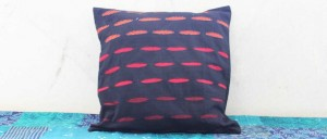Buy  Ellipses Cotton Cushion Cover Black Online