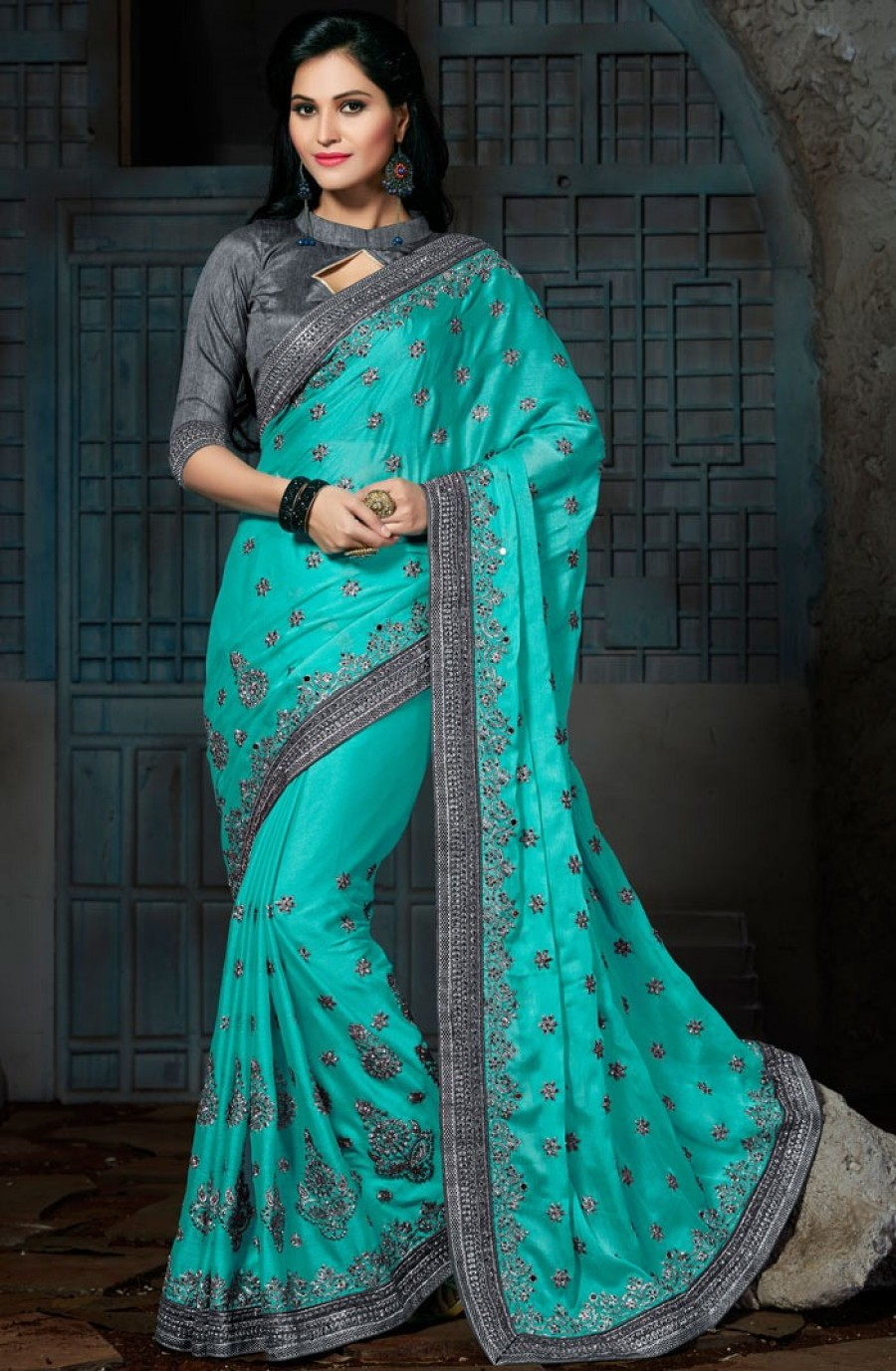 Pick Online Turquoise Crepe Chiffon Saree With Blouse